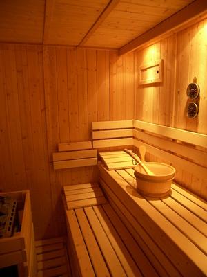 sauna abc finnische sauna dampfbad oder sanarium buhrke rattunde. Black Bedroom Furniture Sets. Home Design Ideas
